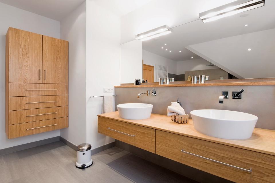 Schreinerarbeiten und Innenausbauten im Badezimmer | Kreuzer | Plech ...